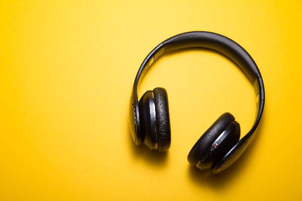 happy headphones
